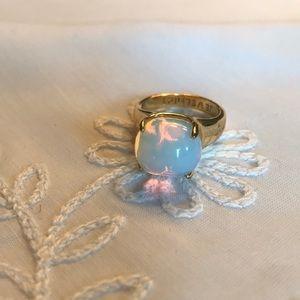 Jewelmint Opal ring - size 7